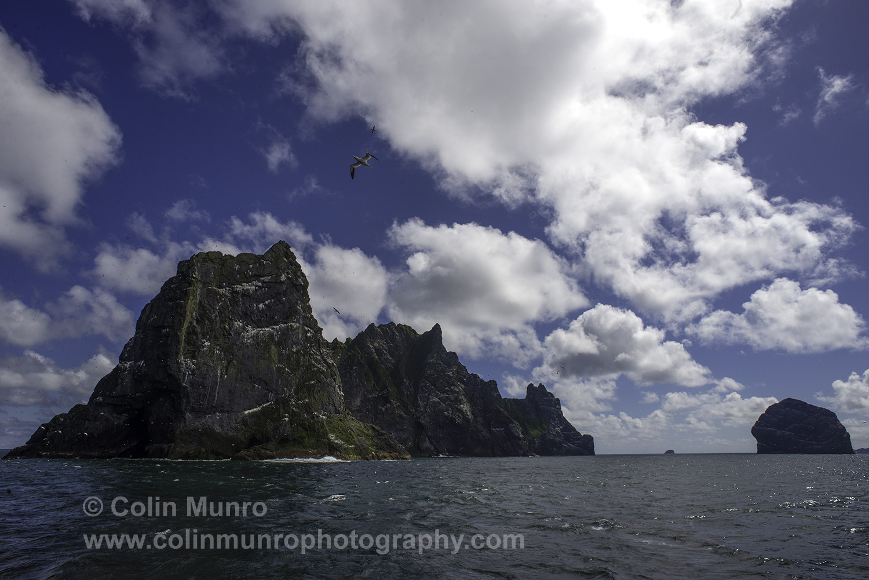Boreray and Stac Lee (to left) St Kilda Archipelago, Outer Hebrides.